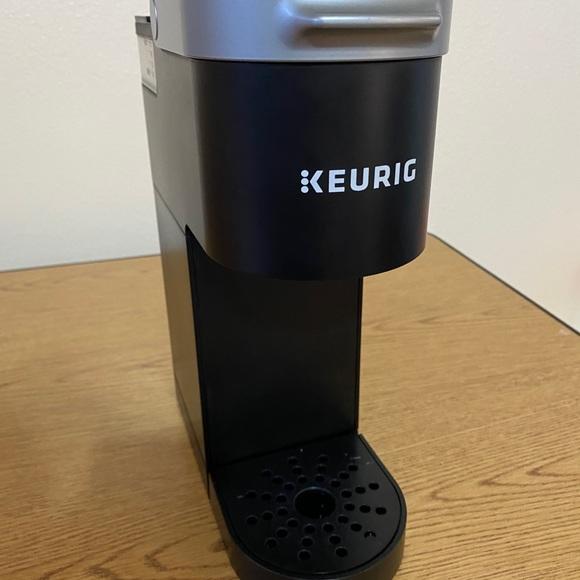 K-mini Single serve coffee maker / mini keurig